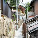 猫の街!広島県の尾道で、猫を撮影しながら小道を行く
