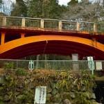 「鉄骨マンション」「松原リゾートマンション」と呼ばれた、静岡県伊東市の未成廃墟を見る