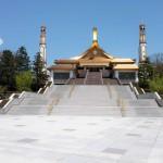 名古屋市熱田区の巨大宗教施設「大乗教総本山」に圧倒される